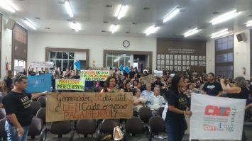 Câmara manifesta apoio aos professores