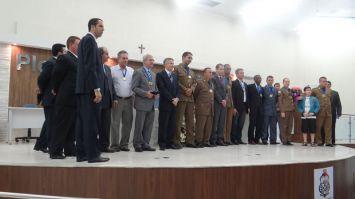 Câmara entrega medalhas Guardião do Ouro Verde