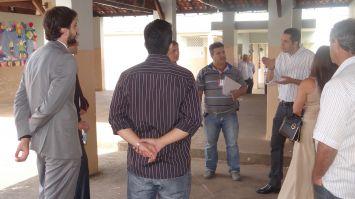 Casa do menor: vereadores acompanham visita técnica da Seds
