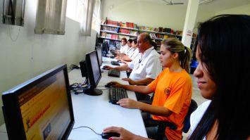 Câmara amplia Biblioteca para 11 computadores