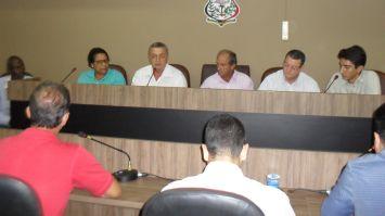 Vereadores debatem situação do aterro sanitário