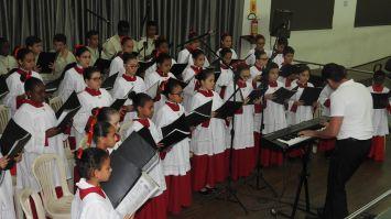 Padre Geraldo Maia recebe título de Cidadão Passense